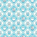 Nahtlose Illustration des Eulenkarikatur-Musters Stockfotos