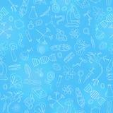 Nahtlose Illustration mit Hand gezeichneten Ikonen auf dem Thema der Biologie, heller Entwurf auf einem blauen Hintergrund Lizenzfreies Stockfoto