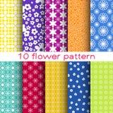 10 nahtlose Muster des romantischen unterschiedlichen Blumenvektors Stockfoto