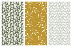 Nahtlose Muster des Vektors mit Blättern und Laub Lizenzfreie Stockfotos