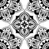 Nahtlose Tapete mit orientalischem symmetrischem Muster Stockfotografie