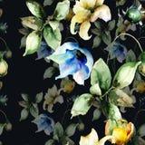 Nahtlose Tapete mit schönen Blumen Lizenzfreie Stockfotos