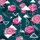 Nahtloser Blumenmusterhintergrund mit rosa Rosen Lizenzfreie Stockfotos