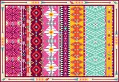 Nahtloser bunter aztekischer Teppich mit Vögeln Lizenzfreie Stockfotos