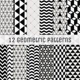 Nahtloser geometrischer Hintergrundschwarzweiss-satz Lizenzfreie Stockfotografie