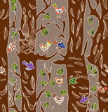 Nahtloser Hintergrund mit lustigen Vögeln und Baum Lizenzfreies Stockfoto