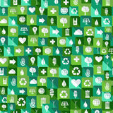 Nahtloser Musterhintergrund der grünen Umweltikonen Lizenzfreie Stockbilder