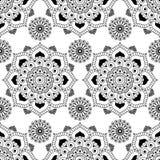 Nahtloser Musterhintergrund mit Schwarzweiss--mehndi Hennastrauchspitze buta Dekorationseinzelteilen in der indischen Art Lizenzfreies Stockfoto