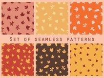 Nahtloser Mustersatz des Herbstlaubs Autumn Colors Auch im corel abgehobenen Betrag Lizenzfreies Stockfoto