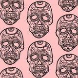 Nahtloser rosa und schwarzer Hintergrund mit den Schädeln Stockfoto