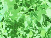 Nahtloser Waldlaubhintergrund mit Fliegenschmetterlingen Stockfoto