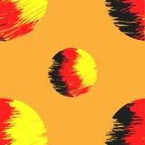Nahtloses abstraktes Muster in den gelben roten schwarzen Tönen auf einer Orange Lizenzfreies Stockbild