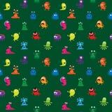 Nahtloses abstraktes Muster mit verschiedenen farbigen Monstern Lizenzfreies Stockbild