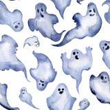 Nahtloses Aquarellmuster von Halloween-Geistern Dekoratives Bild einer Flugwesenschwalbe ein Blatt Papier in seinem Schnabel Lizenzfreie Stockbilder