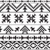 Nahtloses aztekisches Schwarzweiss-Muster Lizenzfreies Stockbild