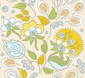Nahtloses beige Muster, gelbe Blumen, blaue Beeren, Grün verlässt Stockbild