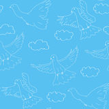 Nahtloses blaues Muster mit Tauben Stockfotos