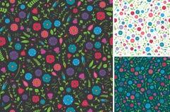 Nahtloses Blumen-und Blatt-Muster Lizenzfreies Stockbild