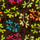 Nahtloses Blumenmuster mit Blättern Stockfotos