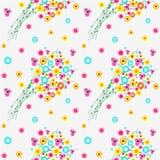 Nahtloses Blumenvektormuster, Hintergrund mit bunten wilden Blumen und Blätter, über hellem Hintergrund Stockbild