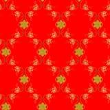 Nahtloses dekoratives Muster mit Goldblumen und -schneeflocken auf rotem Hintergrund Lizenzfreie Stockfotos