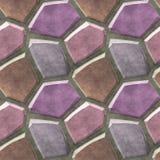 Nahtloses Entlastungsbodenmuster von rosa, purpurroten und braunen scharfen Steinen Stockbilder