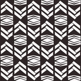 Nahtloses gebürtiges Vektorbeschaffenheitsmuster im Schwarzweiss--backgr Stockbild