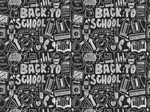 Nahtloses Gekritzel zurück zu Schulmuster Lizenzfreie Stockbilder