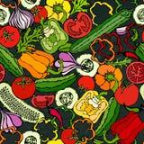 Nahtloses Gemüsemuster mit Gurken, rote Tomaten, grüner Pfeffer, rote Rübe, Karotte, Zwiebel, Knoblauch, Paprika Frischer grüner  Lizenzfreie Stockfotografie