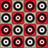 Nahtloses geometrisches Muster von Blumen auf einem roten und beige Quadrat Lizenzfreie Stockbilder