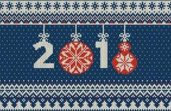 Nahtloses gestricktes Muster der frohen Weihnachten und des neuen Jahres mit Weihnachtsbällen Stockfotos