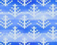 Nahtloses gestricktes Muster des Vektors mit Bäumen Stockbild