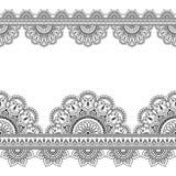Nahtloses Inder Mehndi-Muster mit Blumengrenzelementen für Karte und Tätowierung auf weißem Hintergrund Lizenzfreies Stockbild