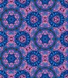 Nahtloses Mandalamuster Ausführliches dekoratives Kaleidoskop Verwickelter Hintergrund in der ethnischen Art Lizenzfreie Stockfotos