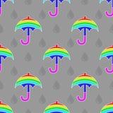 Nahtloses Mehrfarbenregenschirmmuster mit Regentropfen Stock Abbildung