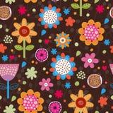 Nahtloses mit Blumenmuster. Lizenzfreie Stockfotografie