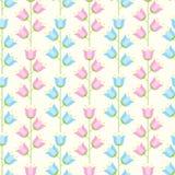Nahtloses mit Blumenmuster des blauen und rosa farbigen Pastellbellflow Stockfoto