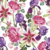 Nahtloses mit Blumenmuster mit Hand gezeichneten Aquarelllilien, -rosen und -iris Lizenzfreie Stockfotografie