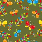 Nahtloses mit Blumenmuster mit Vogel und Basisrecheneinheiten Lizenzfreie Stockfotografie