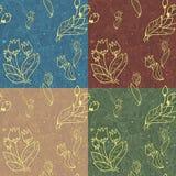 Nahtloses mit Blumenmuster mit Zeilen der Tulpen und des h Lizenzfreie Stockfotografie