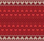 Nahtloses Muster auf dem Thema des Valentinstags mit einem Bild der Norwegermuster und -herzen Wolle gestrickt Lizenzfreies Stockfoto
