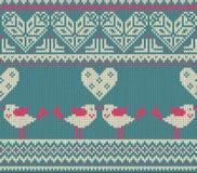 Nahtloses Muster auf dem Thema des Valentinstags mit einem Bild der Norwegermuster und -herzen Zahl Vertretung Stockfotos