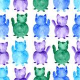 Nahtloses Muster der Aquarellkatzen Handgemaltes purpurrotes Blau und grünes Schattenbild lokalisiert auf weißem Hintergrund lizenzfreie abbildung