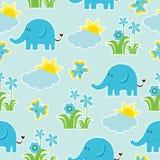 Nahtloses Muster der Babyparty mit nettem Elefanten, Schmetterling, Blumen und Sonne auf blauem Hintergrund Lizenzfreies Stockbild