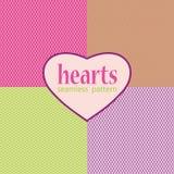 Nahtloses Muster der einfachen geometrischen Herzen Lizenzfreies Stockfoto