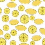 Nahtloses Muster der gelben Karikaturzitrone Stockbild