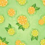 Nahtloses Muster der geschnittenen Zitrusfrucht und der Blätter Stockfotografie