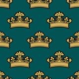 Nahtloses Muster der goldenen königlichen Kronen der Weinlese Lizenzfreies Stockbild