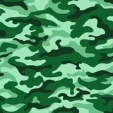 Nahtloses Muster der grünen einfarbigen Tarnung Vektor Stockfotografie