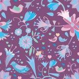 Nahtloses Muster der kleinen Blumen mit Vögeln Lizenzfreies Stockbild